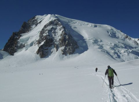 Winter mountaineering: Technical level 1