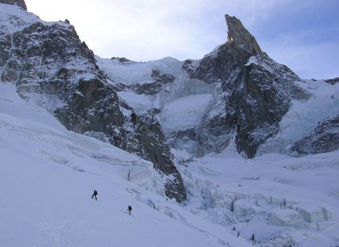 Ski mountaineering: technical level 6
